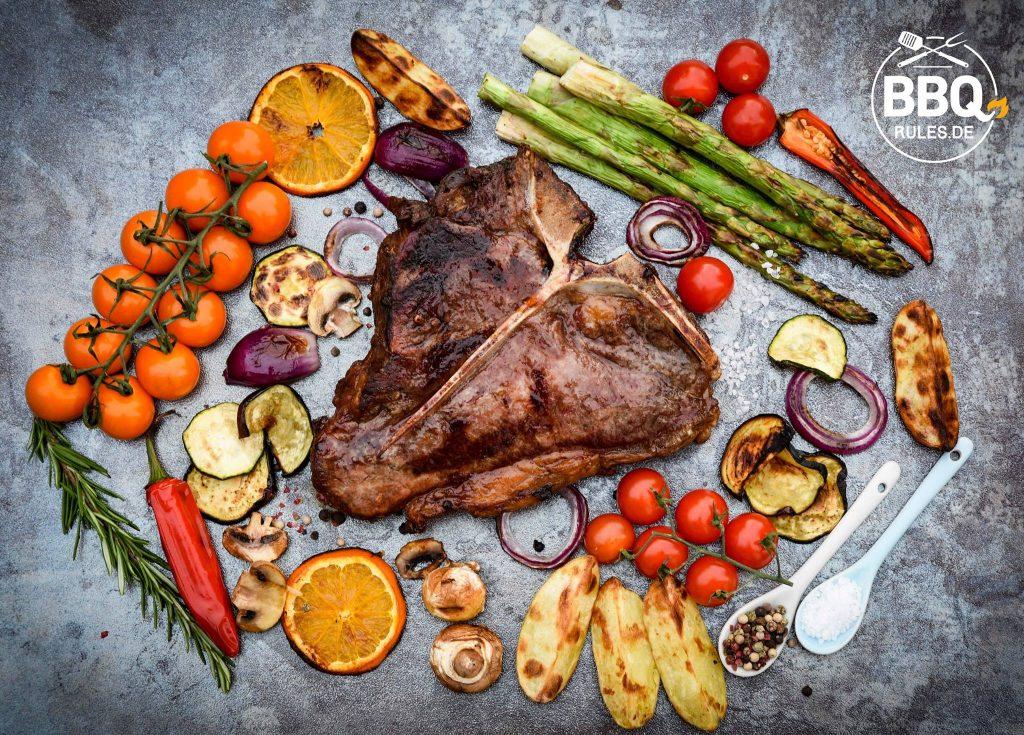 Dry Aged Porterhouse Steak mit Grillgemüse